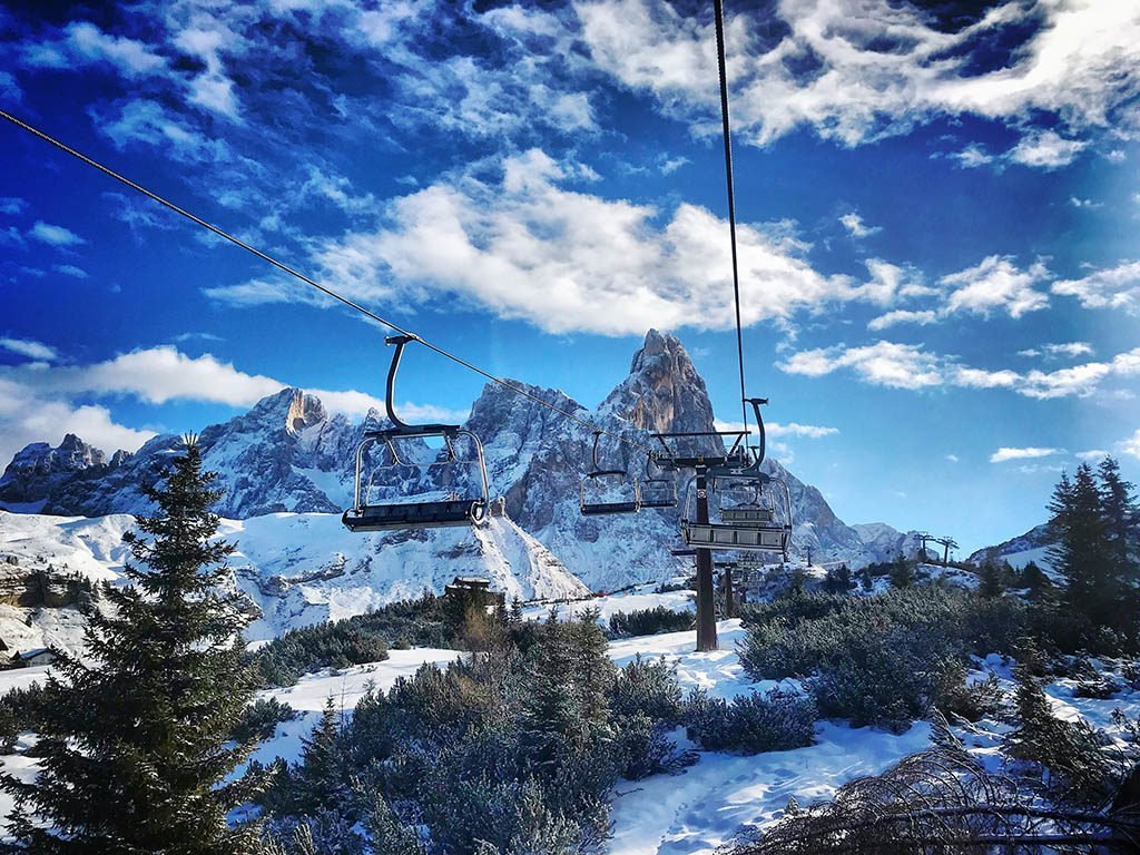 Passo Rolle chair lift, winter in San Martino, family winter holiday in San Martino