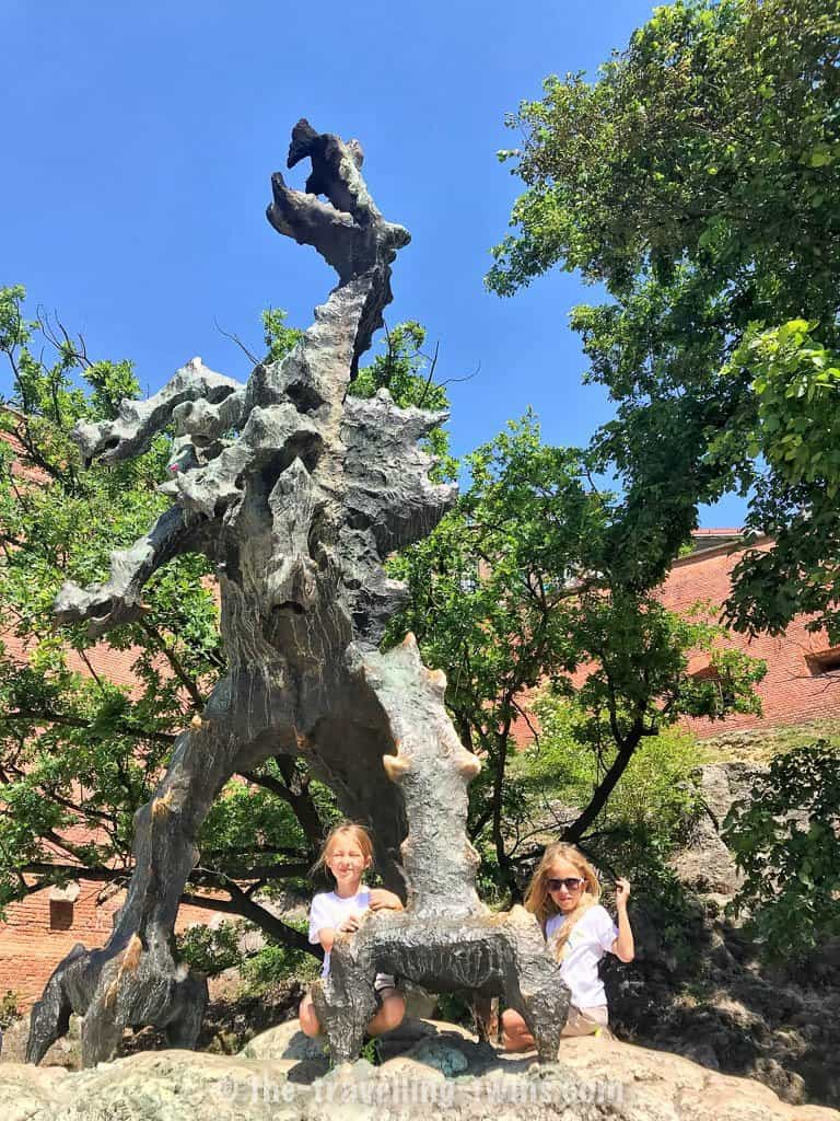 things to do in Krakow with kids - visit to the Dragon