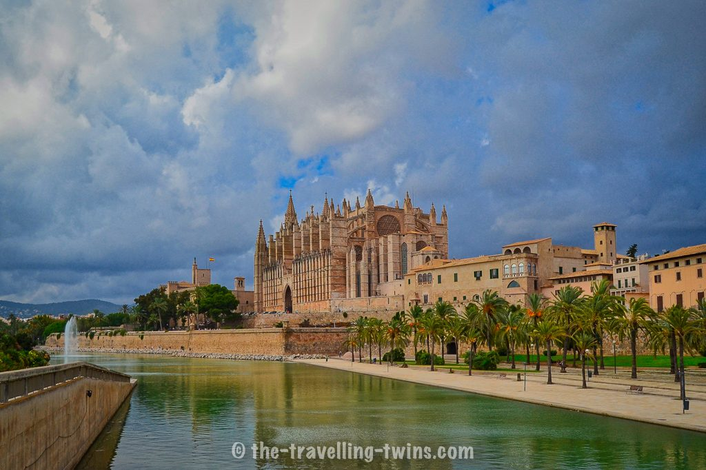 things to do in majorca,  family hotels,  luxury family hotels,  barcelo mallorca,  holidays in lanzarote